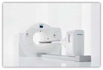 がんセンターのPET-CT装置の写真